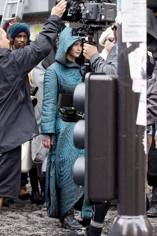 File:Jen on set of Mj HQ.jpeg