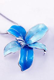 Azura's Necklace