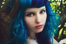 Draft lens16409221module140140031photo 1292168671blue hair girl