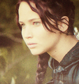 File:Katniss-3-the-hunger-games-movie-29600905-113-120.png