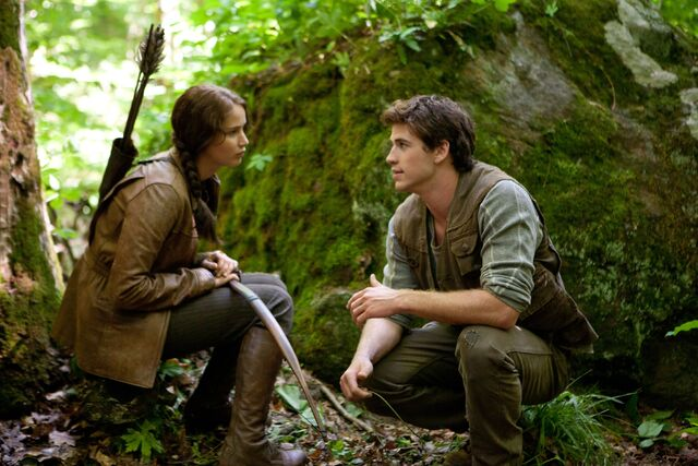 File:Katniss-Gale-UHQ.jpg