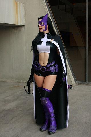 File:Huntress @ DragonCon 2011.jpg