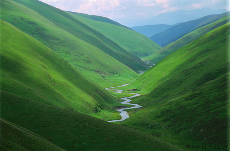 File:Valley-small.jpg
