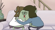 S4E15.027 Muscle Man and Starla Making Out