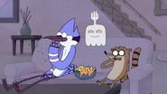 S4E34.023 Mordecai and Rigby Eating Nachos