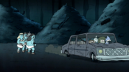 S5E19.100 The Guys Driving Off