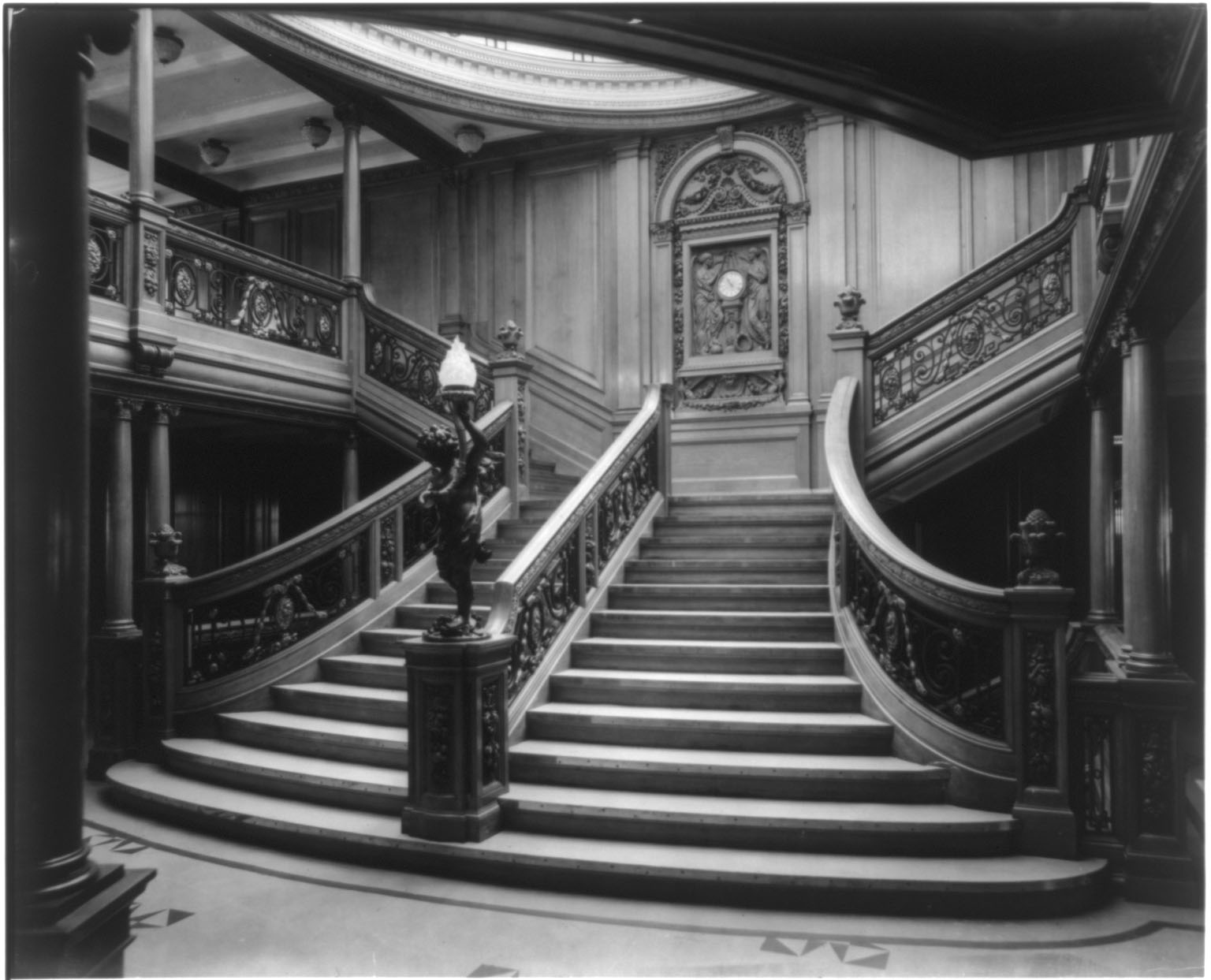 titanic grand staircase vi-#15