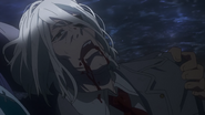 Amon holding Kureo's dead body