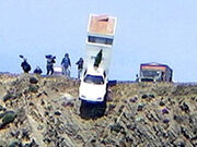 Jeremy's motorhome falling off the cliff