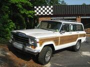 Jeep Grand Wagoneer white NC f