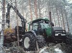 Valtra X-120 Forest MFWD (green) - 2003