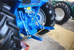 JJ Thomas 95-100 rear linkage-peterborough-IMG 3044