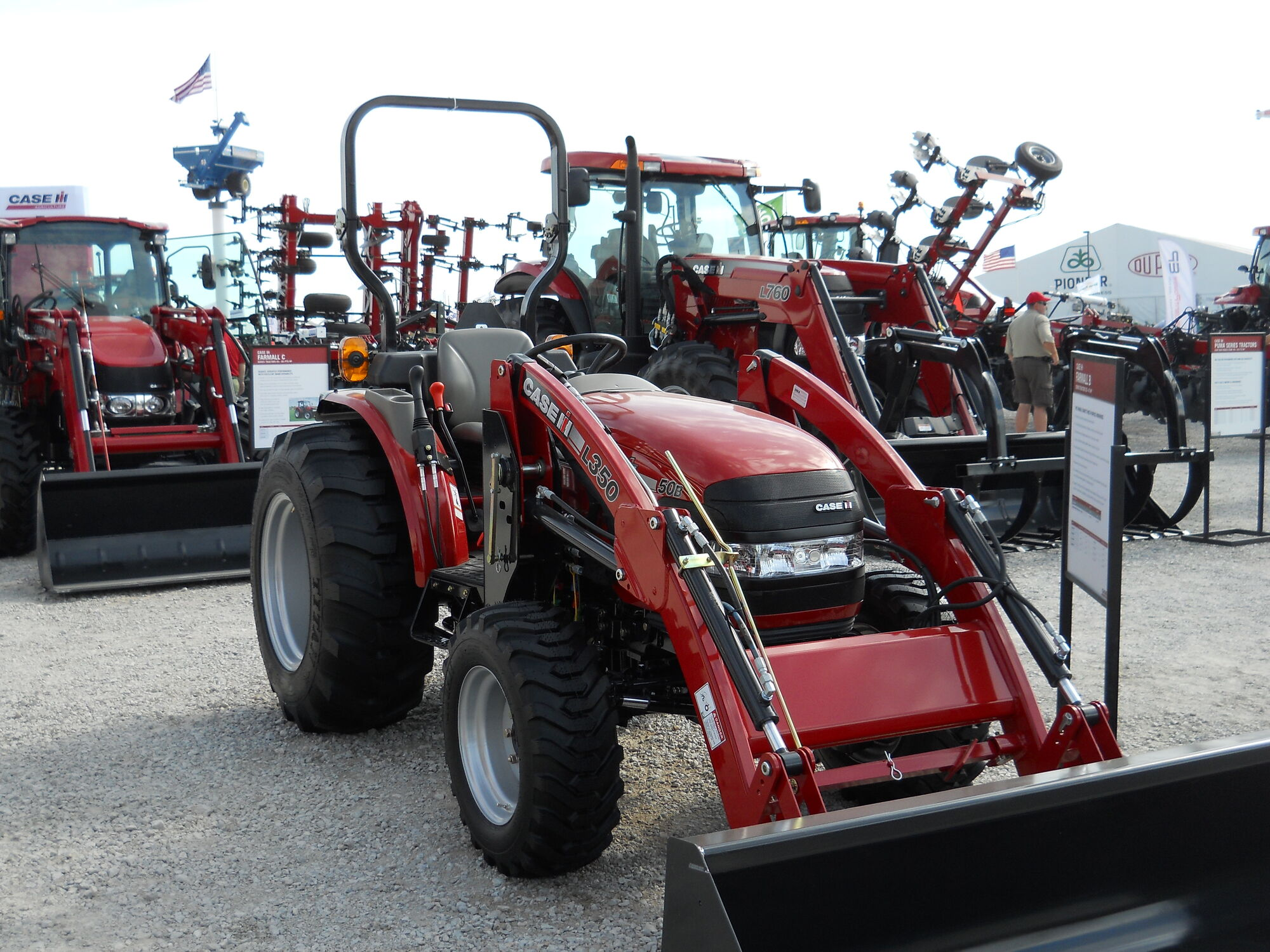Case 50 Tractor : Case ih farmall b tractor construction plant wiki