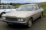 MHV Holden HJ Premier 1974-1976 01