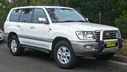 2002-2005 Toyota Land Cruiser (UZJ100R) Sahara 01