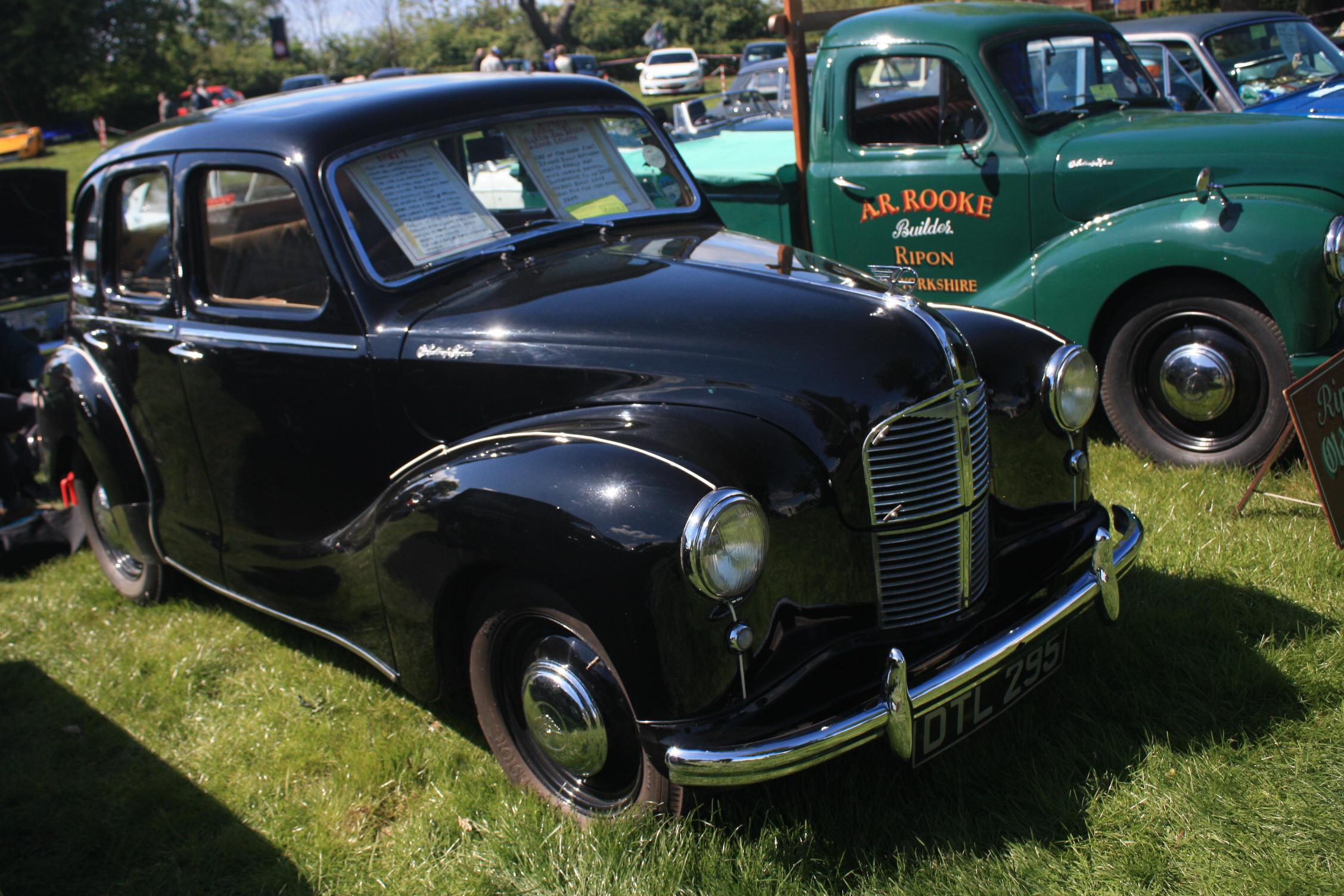 Image gallery austin devon for 1948 austin devon 4 door