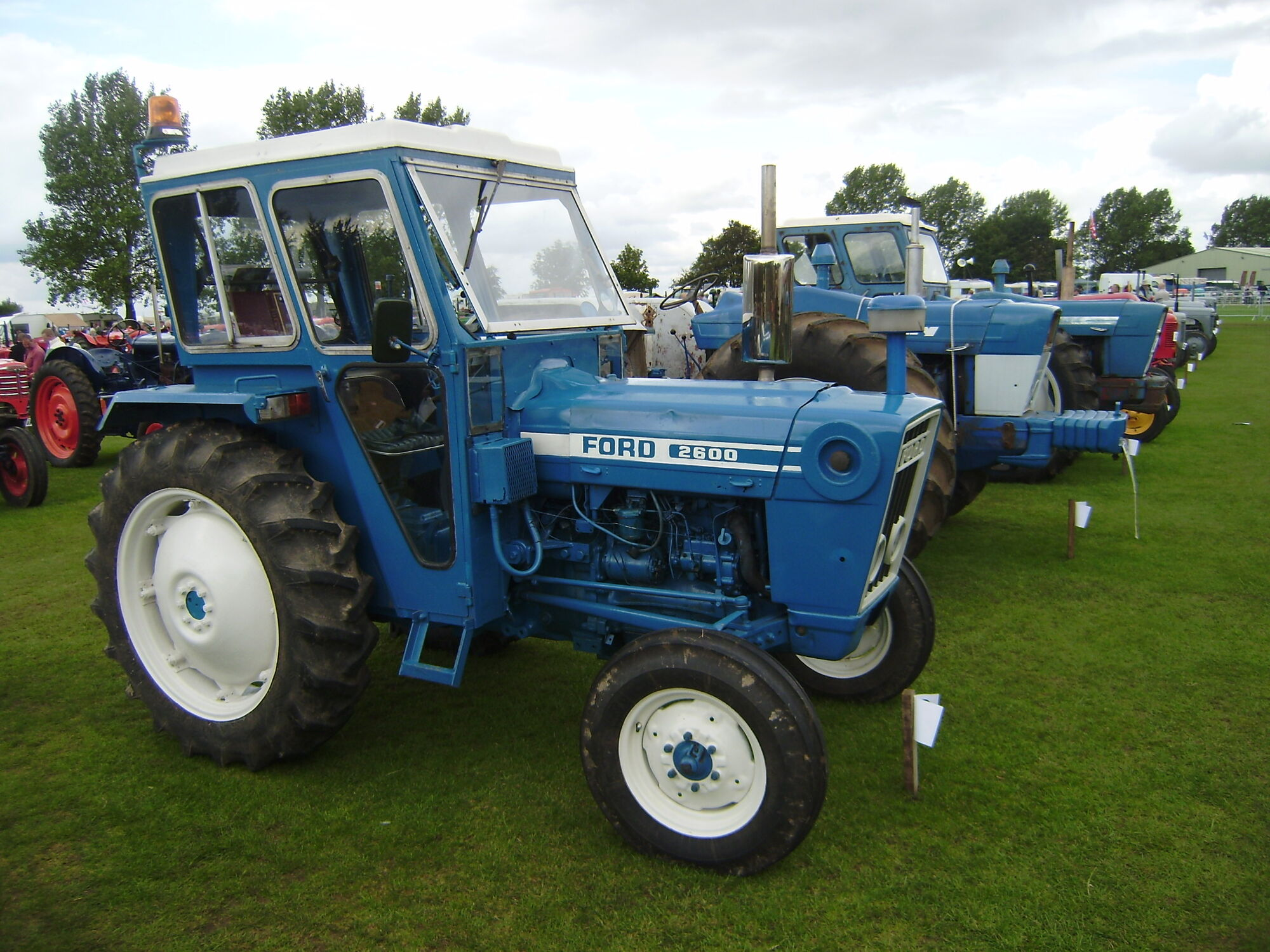Ford Tractor 2600 Series : Ford tractor construction plant wiki fandom