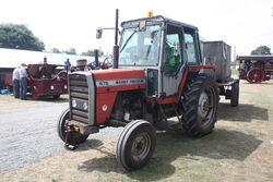 Massey Ferguson 675 bowser at woolpit 11 IMG 7516