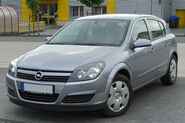 Opel Astra H 1.6 Twinport front 20100509