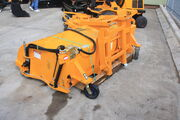 JCB Sweeper attachment - IMG 9877