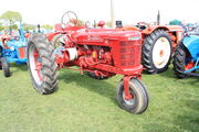 IH Farmall H sn 236506 - Tricycle at Anglesey 2010 - IMG 2384