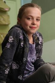 Lily-kettle-lily-kettle-tracy-beaker-returns-22042626-426-639