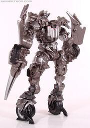 R robot-replicas-sideswipe-023