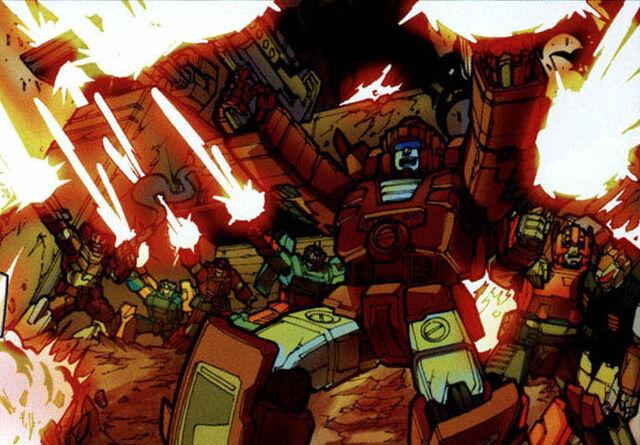 File:SpotlightArcee Autobotsfighting.jpg