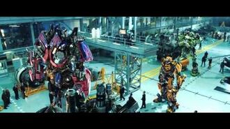 Transformers 3 - Dark of the Moon - Official Trailer 1 HD