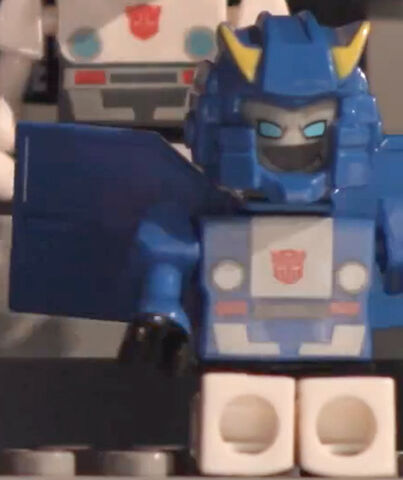 File:Bluestreak-Kreon-Last-Bot-Standing.jpg.jpg