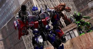 Transformers-Dark-of-the-Moon-Launch-Trailer