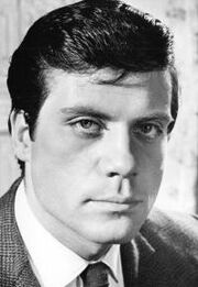 Oliver-reed Young