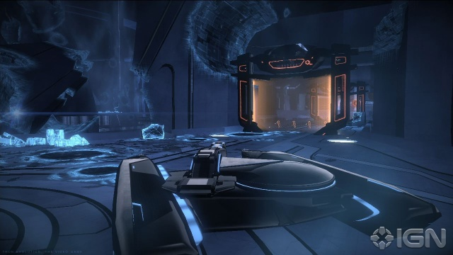 File:Tron-evolution-20101013080141657 640w.jpg