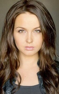 Camilla-luddington-photo 272x428