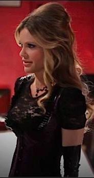 File:Pam Season 5 outfit.jpg