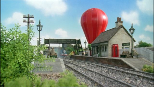 File:JamesandtheRedBalloon14.png