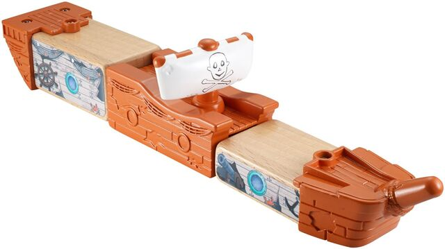 File:WoodenRailwayPirateShipDelivery2.jpg