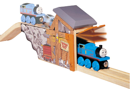File:WoodenRailwayQuarryMineTunnel.png