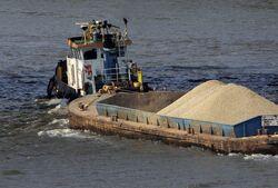 Thames gravel barge