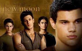 File:New-moon-2323-wolf pack.jpg