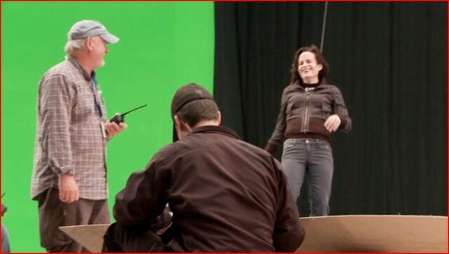 File:Eclipse-Behind-the-Scenes-twilight-series-26099883-815-462.jpg