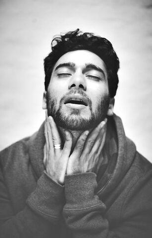 File:Arash-interview-magazine-photo-Erfan-Talimi.jpg