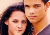 File:212px-KristenS-and-TaylorL-kristen-stewart-and-taylor-lautner-9350044-700-500.jpg
