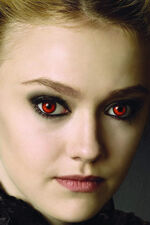 4x6-jane-volturi-hood-down-portrait