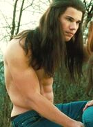 Taylor Lautner shirtless New Moon photo(1)