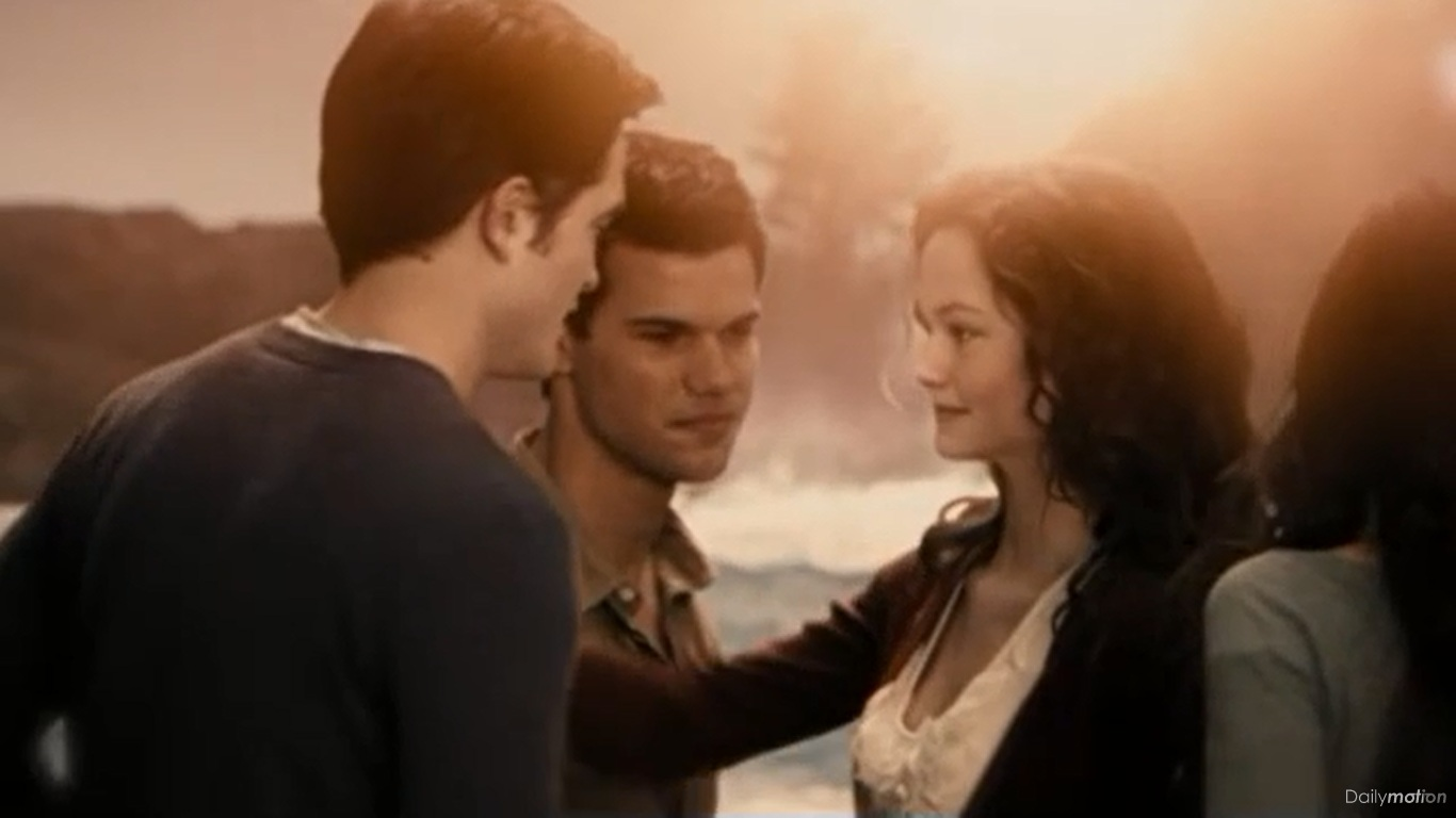 Breaking Dawn   Twilight Saga Wiki   Fandom powered by Wikia On