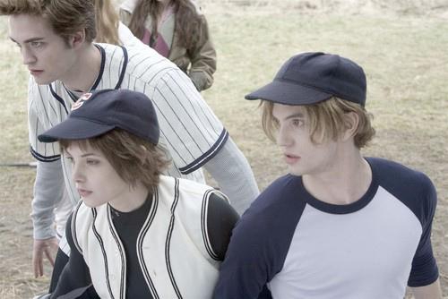 File:Edward,Jasper,And Alice.jpg