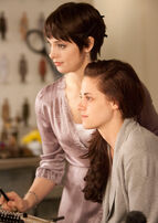 Breaking-dawn-stills-05022011-04