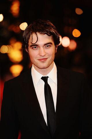 File:Orange British Academy Film Awards 2010 Red jgZcVTaKjIll.jpg