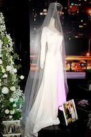 Wedding dress prop